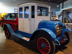 1925 REO F Speed Wagon at Bill Richardson Transport World