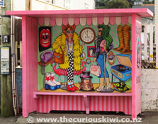 Bus Stop Boutique by Xoe Hall on Rintoul Street