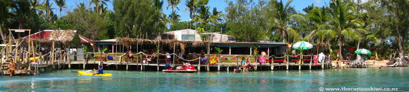 Big Mama's Yacht Club on Pangaimotu Island