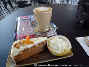 Coffee & Cake at 88Ra Cafe