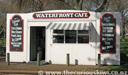 Waterfront Cafe - now Archie's Food Kiosk